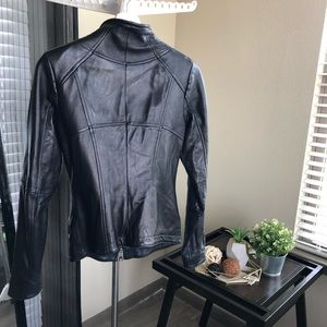 Danier Jackets & Coats - 🇨🇦Danier🇨🇦 Lamb Leather Jacket